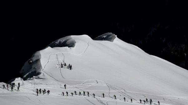 Des skieurs à l'épreuve de la montagne, la Pierra Menta le 16 mars 2019
