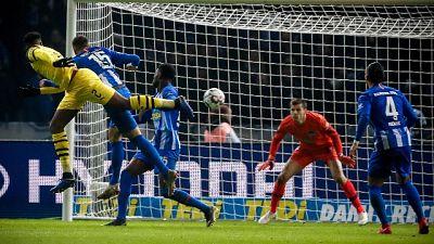 Il Borussia Dortmund soffre, ma vince