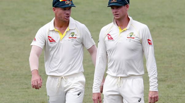 Smith, Warner meet with Australia team as bans near end