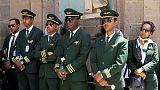 باقات ورود بيضاء ونعوش فارغة في تأبين طاقم الطائرة الأثيوبية المنكوبة