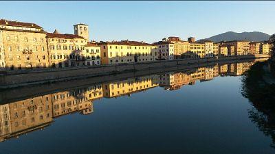 Cadavere su riva Arno a Pisa, indagini