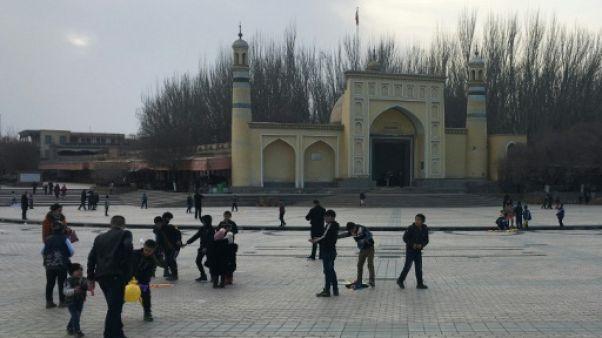 """La Chine dit avoir arrêté près de 13.000 """"terroristes"""" au Xinjiang"""