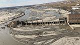 الفيضانات تقتل 3 أشخاص وتعزل بلدات أمريكية مع ارتفاع منسوب مياه الأنهار
