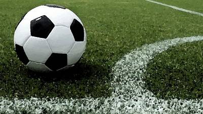 Papà insulta calciatore,squadra se ne va