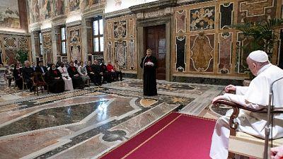 Mattarella al Papa, Lei scuote coscienze