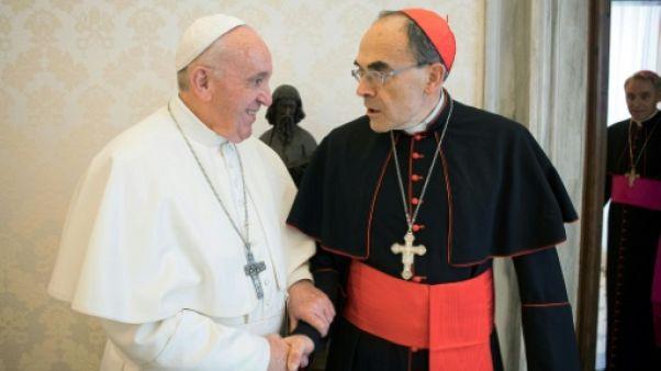 Le pape refuse la démission de Barbarin, qui se met en retrait