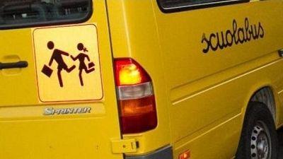 Bimbo dimenticato in scuolabus, sta bene