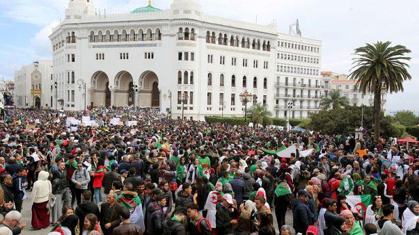 Struggle for Algeria hits business community