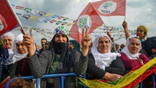 Elections en Turquie: le parti pro-kurde fait campagne à l'ombre des menaces d'Erdogan
