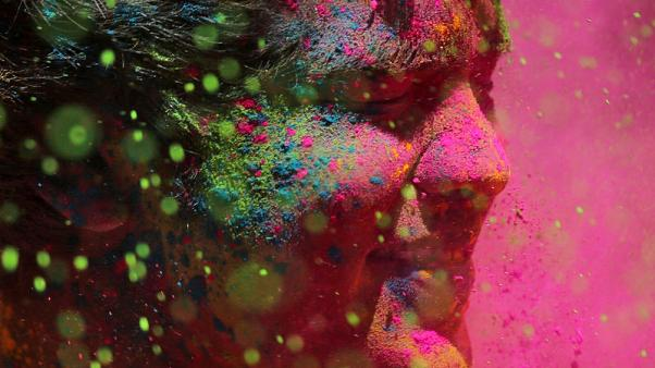 India bursts with colour in celebration of Holi