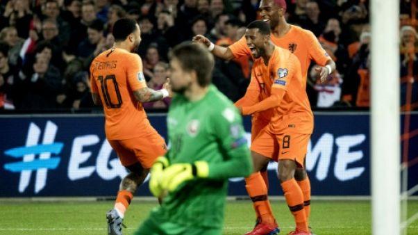 Qualifs Euro-2020: Depay brille, la Croatie bien pâle