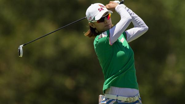 Golf - Choi shoots sparkling 65 on return from 11 months off