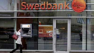 Swedbank board backs CEO after external money-laundering report