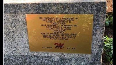 Anpi, una targa fascista al Monumentale
