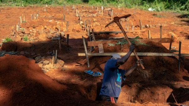 Dans la vallée de la mort au Zimbabwe, meurtrie et isolée par le cyclone