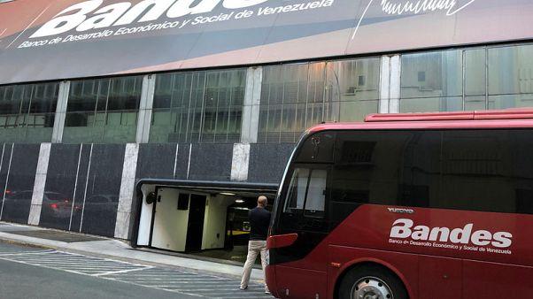 U.S. blacklists Venezuelan state banks after arrest of Guaido aide