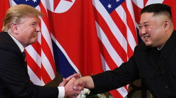 Donald Trump et Kim Jong Un pendant leur sommet du 27 février 2019 à Hanoï