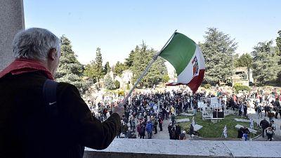 Fascisti al Monumentale per commemorare