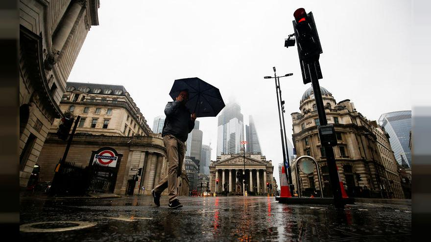 Britain's financial sector has gloomiest outlook since 2008 crisis - survey