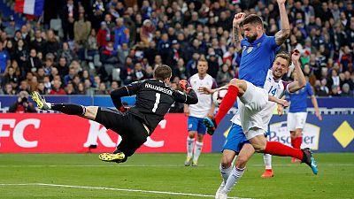 Reliable Giroud strikes again as France beat Iceland