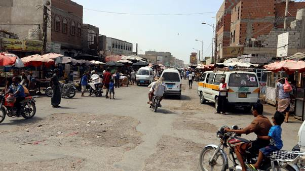 Heavy weapons fire rocks Yemen's Hodeidah as U.N. pushes to clinch troop pullout