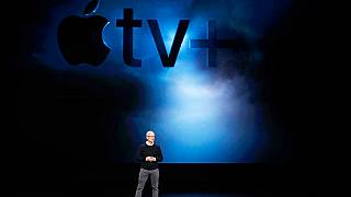 أبل تطلق خدمة تلفزيون جديدة وبطاقة ائتمان ومنصة ألعاب فيديو على الإنترنت