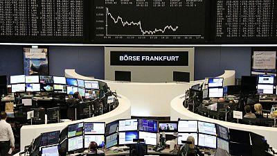 European shares struggle to shrug off growth pessimism
