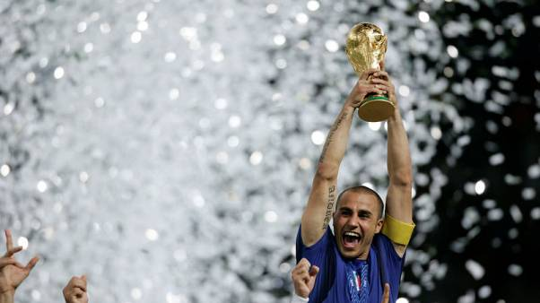 Cannavaro in no hurry to decide as China crisis deepens