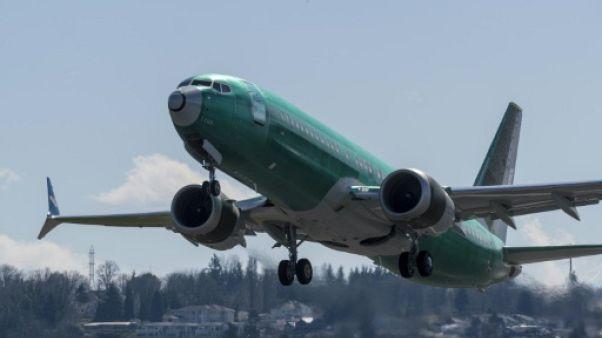 Etats-Unis: le régulateur aérien sur la défensive, Boeing fait des essais en vol