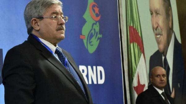 Algérie: le parti RND, principal allié de Bouteflika, réclame sa démission