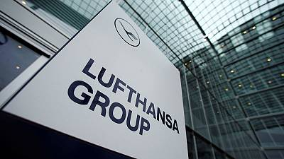 Lufthansa looking to merge European catering unit with peer - sources