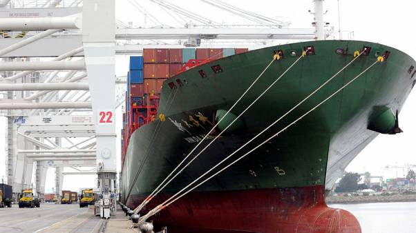 Soybean exports help to shrink U.S. trade deficit in January