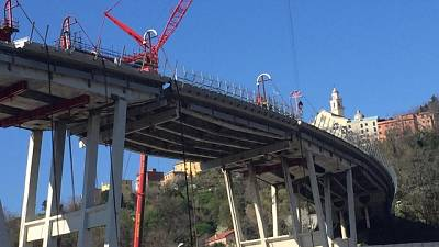 Ponte:al via discesa 5/a parte impalcato
