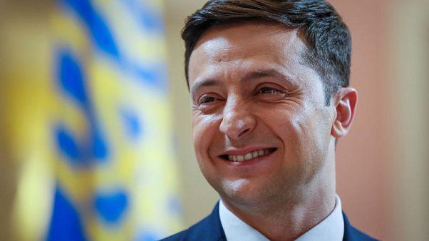 Comedian Zelenskiy maintains strong lead in Ukraine presidential poll