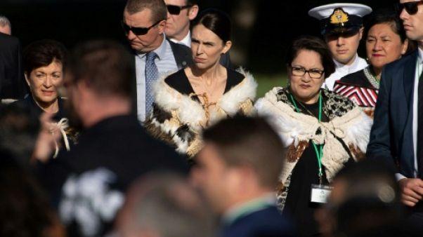Christchurch: foule lors d'une cérémonie à la mémoire des victimes