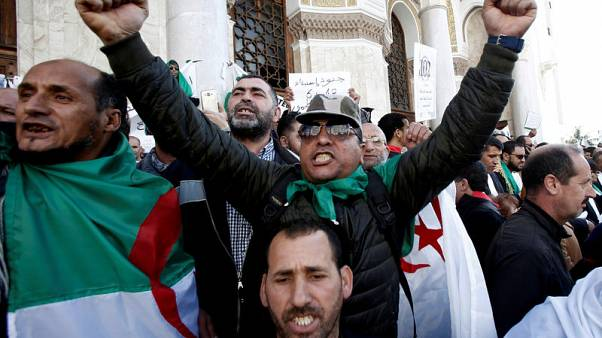 Kingmaker once more, Algeria's army confronts demand for real change