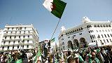 مئات الآلاف من الجزائريين يطالبون بوتفليقة بالرحيل