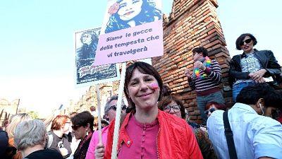 Famiglia: flash mob femminista a Verona