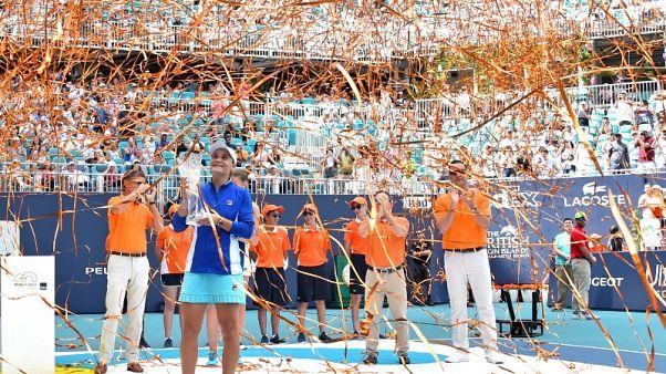 Tennis - Barty beats Pliskova to win maiden Miami Open title