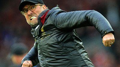 Il Liverpool rischia,ma resta al comando