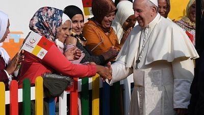 Papa, chi fa i muri ne resta prigioniero