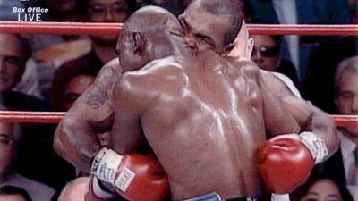 Boxe: Kash come Tyson, morde avversario