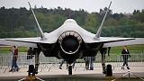 البنتاجون يوقف أنشطة وشحنات مرتبطة بطائرات إف-35 مع تركيا