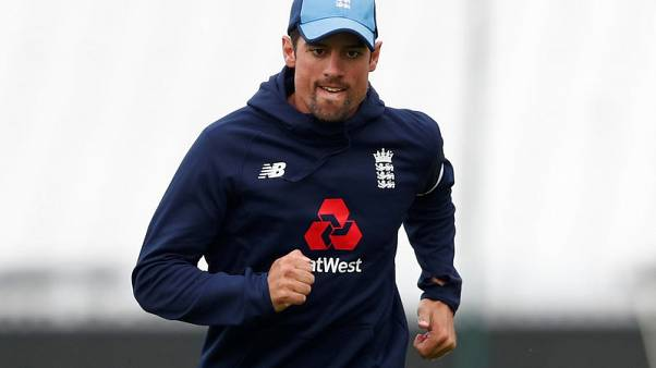Settled England favourites to win World Cup, says Cook