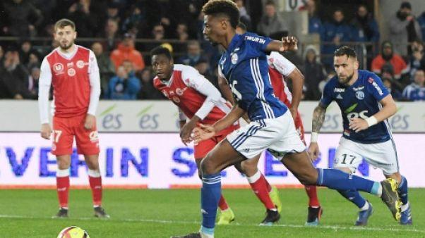 Ligue 1: Strasbourg prolonge la fête et stoppe Reims