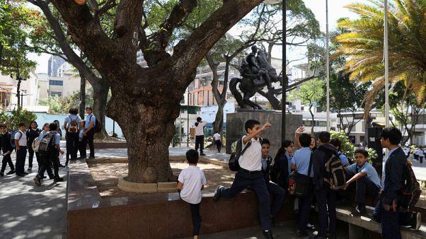 Venezuela classes restart after weeks of blackouts