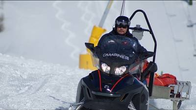 Servizio piste trova sciatore morto