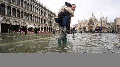 Punta di acqua alta 134 cm a Venezia