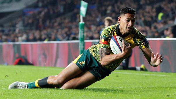Flying Folau lands try-scoring record in Howlett's home town