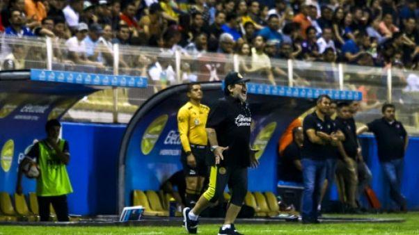 Mexique: Maradona, furieux contre l'arbitrage, va quitter son poste d'entraîneur des Dorados